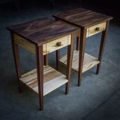 17 Square Shaker-Inspired Nightstand End Table Side Diy End Tables, Coffee And End Tables, Small Tables, Diy Table, Wood Table, Bedside Tables, Maple Furniture, Hardwood Furniture, Art Deco Furniture