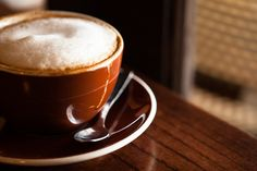 latte-art:  Cappuccino at Kaffehaus (by bongarang)