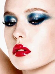 Charlotte Tilbury ... so Studio 54! |Want more makeup ideas? Follow http://uk.pinterest.com/LavishDevota/make-up-glamour/