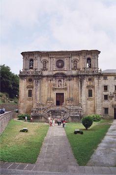 Mosteiro de Samos, fachada #Lugo #TurismodeGalicia
