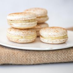 Milk tart macarons - umm hello gorgeous! #milktartweek Milk Tart, Tart Filling, White Icing, South African Recipes, Chocolate Ganache, Macaroons, Custard, Almond Flour, Tray Bakes