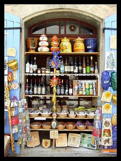 Shop in Provence
