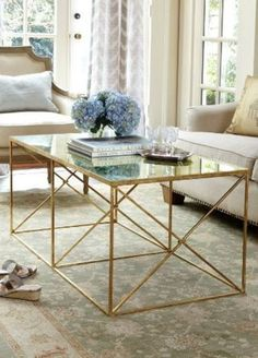 The lines of this coffee table are incredible with a lot of modernity.  #homedecorideas #coffeetables #interiordesign