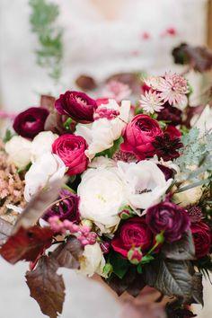 pourpre, rose et blanc
