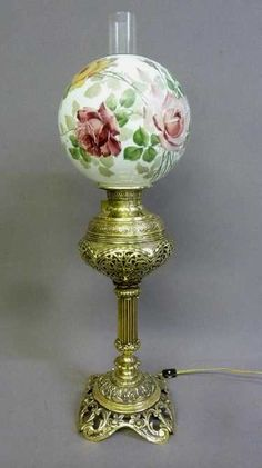 Fantastic Solid Cast Brass Oil Banquet Lamp w/Period Fantastic Solid Cast Brass Oil Banquet Lamp w/Period floral globe - Signed on the font (The Rochester pat Jan hgt Polished and electrified. Vintage Glam, Vintage Decor, Vintage Style, Pat And Jan, Peacock Pictures, Victorian Lamps, Antique Oil Lamps, Antique Dishes, Oil Candles