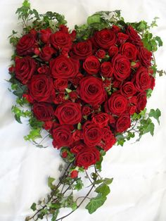 ~ Valentines Floral Arrangement Ideas , Best Valentine's Day Decor , Valentines Day Ideas , Mary Tardito channel , DIY Hobby and Lifes… Funeral Flower Arrangements, Modern Flower Arrangements, Funeral Flowers, Floral Arrangement, Valentine Flower Arrangements, Valentine Bouquet, Valentines Flowers, Valentine Craft, Beautiful Roses