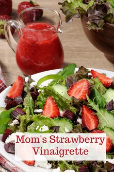 Mom's Strawberry Vinaigrette is the perfect salad dressing. This vinaigrette is easy to make and features fresh strawberries. #vinaigrette #StrawberryVinaigrette #SaladDressing Spring Mix Greens, Strawberry Vinaigrette, Sour Cream Pound Cake, Salad Recipes, Healthy Recipes, Slow Cooker Bbq, Spring Desserts, Vinaigrette Dressing, Pecan Recipes