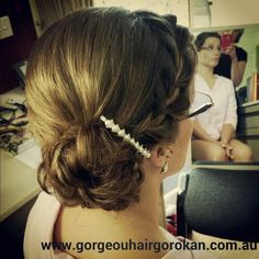 #braid #bridesmaids #upstyle I love styling wedding hair :)