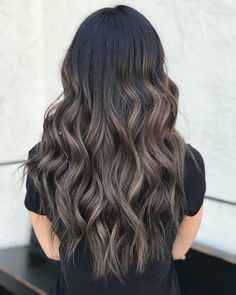 50 Dark Brown Hair with Highlights Ideas for 2019 - Hair Adviser 50 dunkelbraunes Haar mit Highlights Ideen für 2019 - Haarberater Ash Brown Balayage, Balayage Ombré, Brown Ombre Hair, Ombre Hair Color, Brown Hair Colors, Balayage Brunette, Brunette Hair, Dark Chocolate Brown Hair, Golden Brown Hair