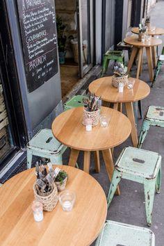 Brunch cafe restaurant ideas for 2019 Modern Restaurant, Restaurant Mallorca, Tapas Restaurant, Restaurant Marais, Small Restaurant Design, Cafe Bar, Cafe Bistro, Cafe Shop, Pub Table Sets
