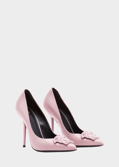 Versace Palazzo Leather Pumps for Women. High heel, calf leather pumps from the Palazzo line, with central lacquered Medusa Head and pointed toe. Dr Shoes, Pump Shoes, Me Too Shoes, Shoe Boots, Shoes Heels, Versace Shoes, Versace Versace, Jeweled Shoes, Aesthetic Shoes