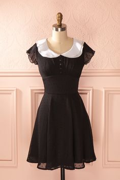 Geovanna - Black chiffon dress with a white Peter-Pan collar