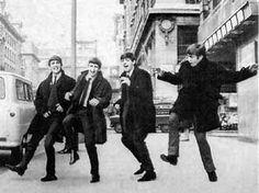 the beatles Paul McCartney john lennon ringo starr george harrison beatles volume 2 live at the bbc Beatles Band, Les Beatles, Beatles Funny, Ringo Starr, George Harrison, Paul Mccartney, John Lennon, Great Bands, Aloe Vera