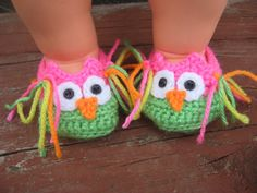 Need to get these too!  Soooo cute!  baby owl slippers in size 03 mth size by JanesCrafts4U on Etsy, $12.00