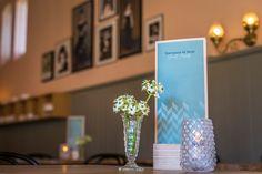 Voor de menukaarten van Koetshuis de Haar mochten wij houders van berkenmultiplex laten maken