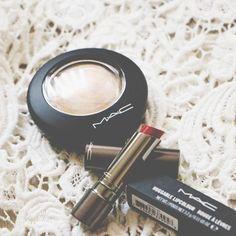 Red Lipsticks, Instagram Posts
