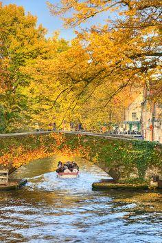 Peerdenstraat Bridge - Brugge, Belgium