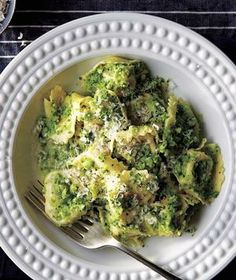 Tortellini With Broccoli Pesto from realsimple.com #myplate #protein #vegetables