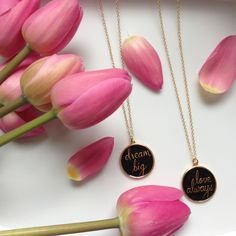 Forgot your troubles with these gorgeous reversible necklaces by Foxy Originals! #dreambig #lovealways #tulips #reversible #necklaces #foxyoriginals
