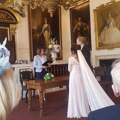 Our bride Kudlip in her bespoke made-to-measure silk chiffon gown surrounded by the magnificent portraits of royalty. Vogue Bride, Older Bride, Chiffon Gown, Dream Dress, Dress For You, Mother Of The Bride, Bespoke, Wedding Styles, Wedding Gowns