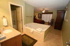 Condo 143-Jacuzzi in every Master! #RPMCondos #WhisperingPines #PigeonForge #GSMNP #Vacation