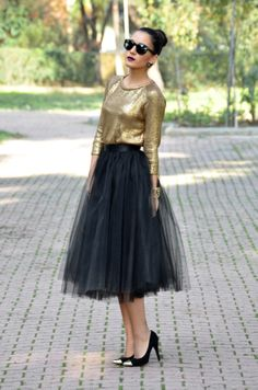 How To Wear The Grape Garcias Black Tulle Skirt Looking For Ideas We Have Found Some Great Outfits In Internet