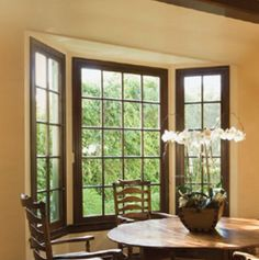 This full-service general contractor specializes in providing quality windows and doors. They also offer carpet and hardwood flooring installation, roofing, and other home improvement services.