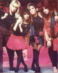 The Bangles - girl band Susanna Hoffs, 1980s Bands, 80s And 90s Fashion, Women Of Rock, Girl Inspiration, Girl Bands, Female Singers, Great Bands, Music Is Life