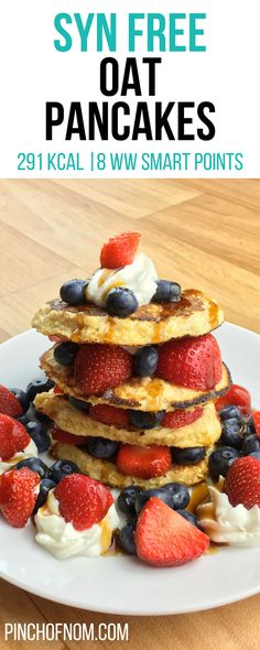 Syn Free Oat Pancakes Pinch Of Nom Slimming World Recipes 291 kcal Syn Free 5 Weight Watchers Smart Points Slimming World Oat Pancakes, Slimming World Breakfast, Baked Oats Slimming World, Healthy Baking, Healthy Snacks, Baking Snacks, Healthy Breakfasts, Vegan Baking, Healthy Recipes