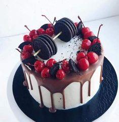 New cake recipes fruit simple ideas Birthday Cake 30, Birthday Cake For Men Easy, Small Birthday Cakes, Birthday Cake For Husband, Gym Cake, Cake Design For Men, Birthday Cake Decorating, Small Cake, Drip Cakes