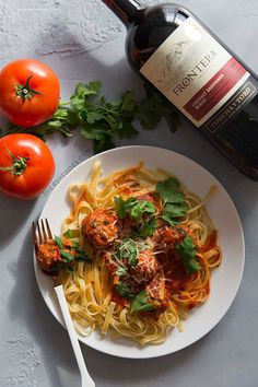 spaghetti with everyday meatballs recipe and frontera wine cabernet sauvignon  easy 30 minute meals and recipes