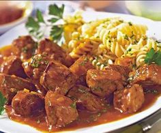 Ungarisches Gulasch Recipe Hungarian goulash from Brutzelhexe - recipe of the main course with meat category Rezepte Beef Recipes For Dinner, Cooking Recipes, Healthy Recipes, Goulash Recipes, Shellfish Recipes, Hamburger Meat Recipes, Food Inspiration, Food And Drink, Ethnic Recipes