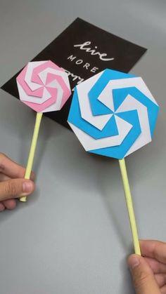 Paper Flowers Craft, Paper Crafts Origami, Paper Crafts For Kids, Origami Flowers, Diy Crafts Hacks, Diy Crafts For Gifts, Fun Crafts, Instruções Origami, Origami Tutorial