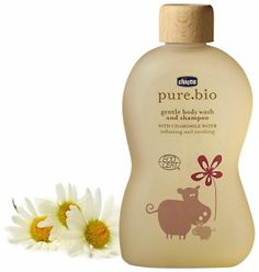 The organic certified care products by Chicco, to cuddle your baby in a natural way. pure.bio gentle body wash and shampoo, with Chamomile Water, has a mild and non aggressive formulation that gently cleans the baby's hair and skin, while having a moisturizing and soothing effect.#BabySkincare #BabyBath