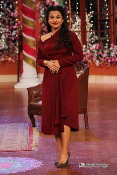 Vidya-Balan-at-Comedy-night-(2)
