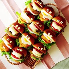 Have you seen more adorable sliders? These fun mini meals are perfect for your next game day or any party!