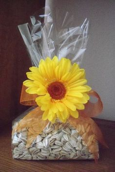 Fun DIY Party Favor Idea — love this for a sunflower-themed birthday party! – Punchbowl Fun DIY Party Favor Idea — love this for a sunflower-themed birthday party! Fun DIY Party Favor Idea — love this for a sunflower-themed birthday party! Sunflower Birthday Parties, Sunflower Party, Sunflower Baby Showers, Sunflower Seeds, Birthday Ideas, Birthday Diy, Sunflower Gifts, Fall Wedding, Rustic Wedding