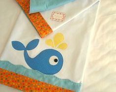 Baby E, Baby Kids, Crafts For Kids, Arts And Crafts, Baby Sheets, Stitch Design, Baby Decor, Baby Wearing, Baby Quilts