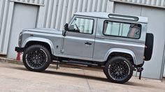 Kahn Land Rover Defender XS 90