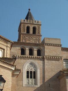 Iglesia de La Asunción en El Piquete. Quinto, Zaragoza. Spain.  [By Valentín Enrique].