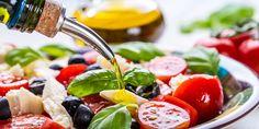 Wer als älterer Mensch Obst, Gemüse, Nüsse und Öl bevorzugt, kann seine Hirngesundheit stärken und die kognitiven Fähigkeiten verbessern – das ist das Ergebnis einer Studie der Universität Edinburgh.