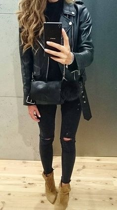 #fall #style  Leather Jacket // Destroyed Jeans // Suede Ankle Boots