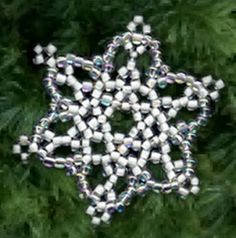 Free Bead Patterns and Ideas by Sandra D Halpenny : Snowflake Ornament - Free Pattern