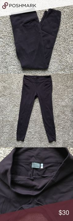 EUC Athleta Metro Leggings - Plum - XL Deep plum metro leggings. Seaming adds stylish tough. Mild pilling at crotch. Athleta Pants