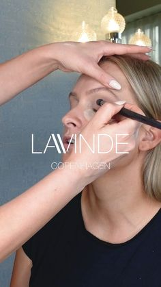 Don't miss out on the ultimate red-carpet makeup on Cecilie Vinde, made by the makeup artist Malene Windekilde, for the red carpet, at Danish Beauty Award 2021! Here you will get tips and tricks all the way from a natural everyday makeup to high glam! 💅🏼 The co-founder of Lavinde Copenhagen, Cecilie, gives a look back on previous emotional award shows 🏆 #youtube #award #awardshow #glam #highglam l #naturalglam #tips #tricks #makup #mascara #nominated #lavindecph #danishbeautyaward Red Carpet Makeup, Natural Everyday Makeup, Beauty Awards, Copenhagen, Mascara, Danish, Tips, Artist, Youtube