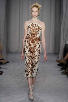 Marchesa RTW Fall 2014 - Slideshow - Runway, Fashion Week, Fashion Shows, Reviews and Fashion Images - WWD.com