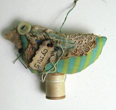 My third bird from Robin Cyrus by Baggaraggs on etsy