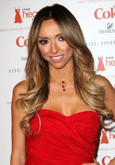 We love Guiliana Rancic's curls! Curl away from your face for nice framing