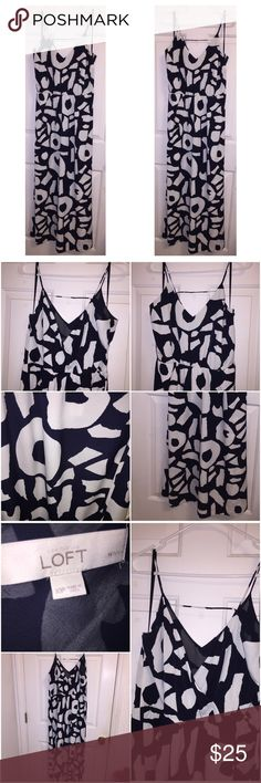 Ann Taylor LOFT maxi dress Beautiful navy and white spaghetti strap maxi dress. Only worn once. Looks brand new. Great for any event! Ann Taylor Dresses Maxi