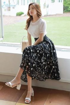 Korean Women`s Fashion Shopping Mall, Styleonme. Modest Dresses, Modest Outfits, Girl Outfits, Fashion Outfits, Floral Print Skirt, Floral Prints, Long Skirt Fashion, Long Chiffon Skirt, One Piece Dress